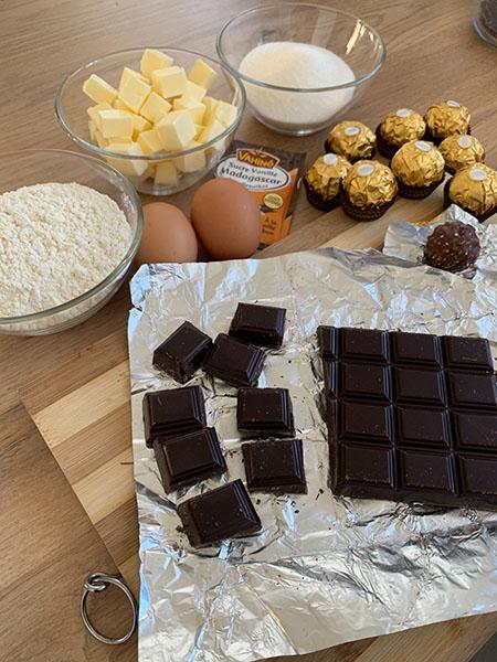 Ingrédients de la recette du brownie fondant aux Ferrero Rocher